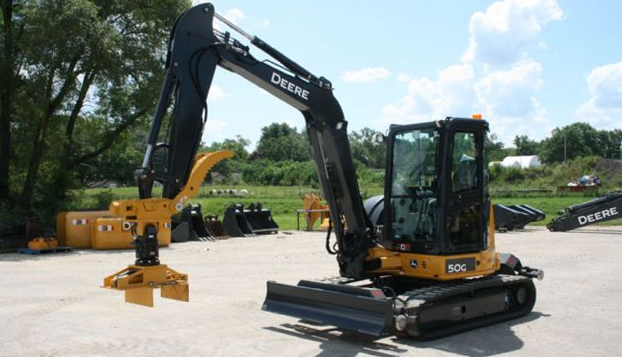 Railavator Excavator | High Rail Equipment | RCE Rail | RCE
